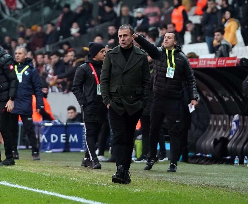 Antalyaspor'da Abdullah Avcı defteri kapandı