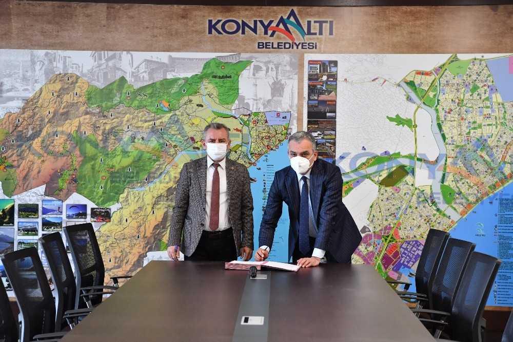 Bakanlık, belediye ve barodan 'Şiddet Önleme Merkezi' protokolü