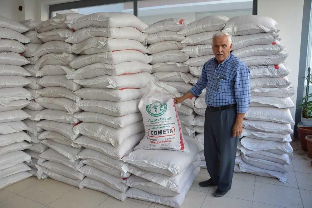 Korkuteli'nde 180 ton sertifikalı tohum satıldı