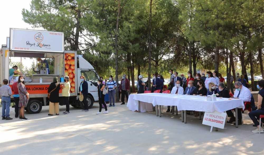 Merhum Prof. Dr. Tuncer Karpuzoğlu anısına lokma dağıtıldı