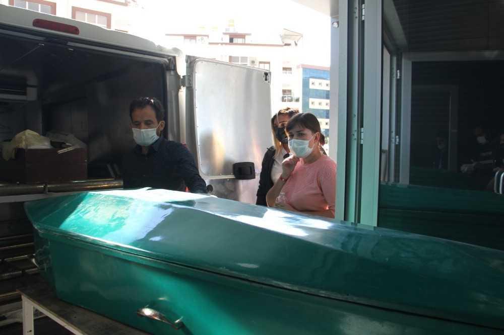 Rus turistin cenaze teşhisine gelen eşinin yıkıldığı an