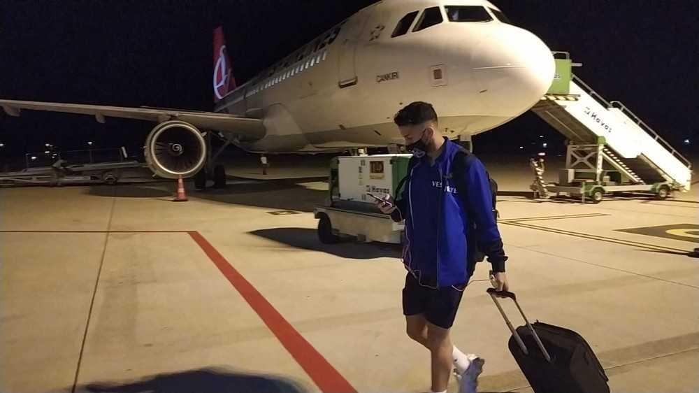Trabzonspor uçağı havalanamadı