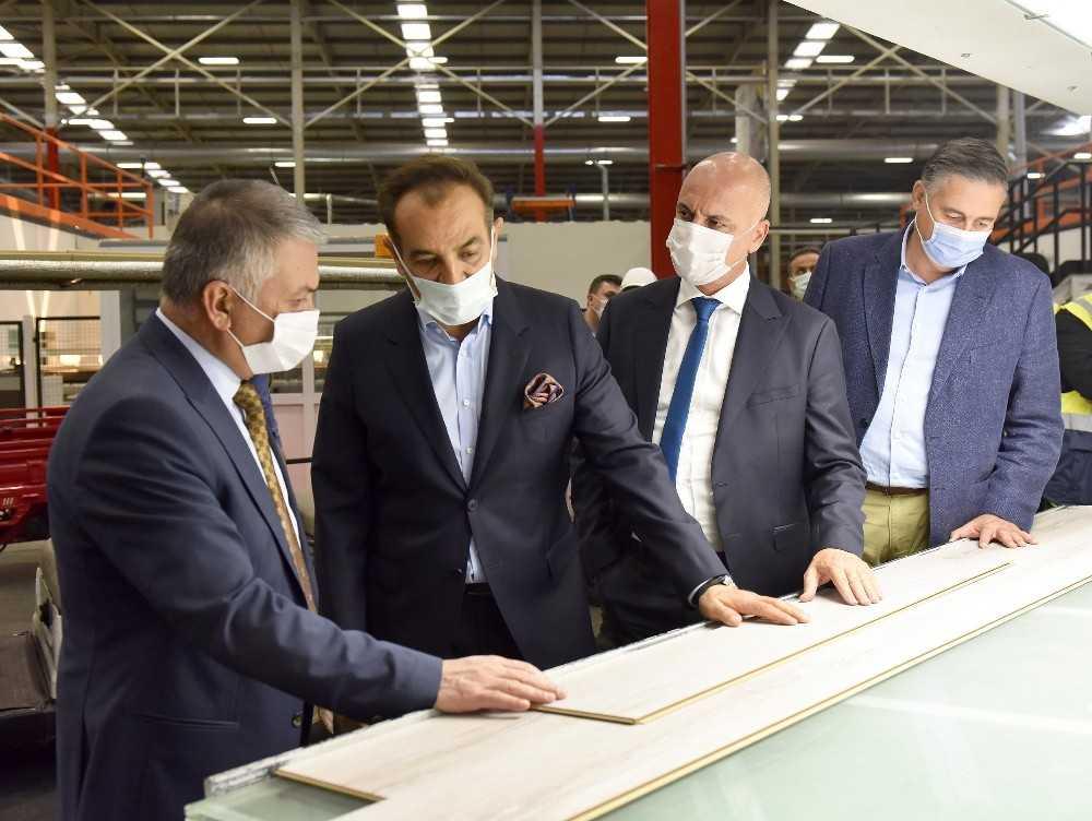 Vali Ersin Yazıcı, OSB firmalarının faaliyetleri hakkında bilgi aldı