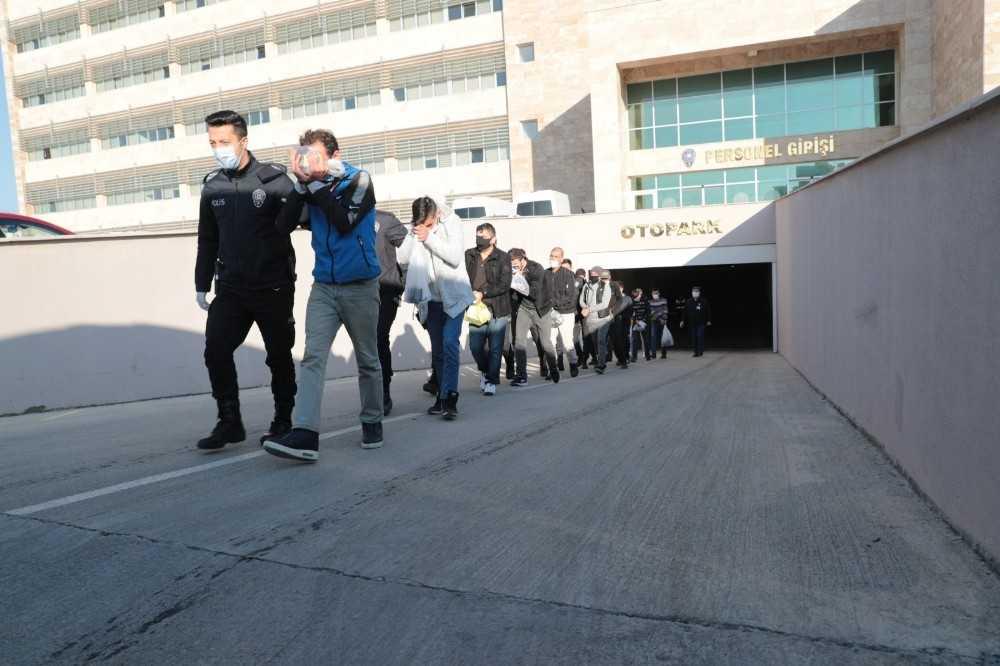 Antalya'da aranan 91 şüpheli yakalandı