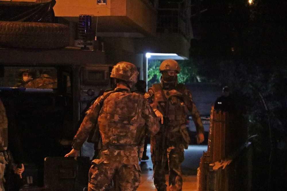 """Antalya'da """"KADES"""" uygulaması bir kadının hayatını kurtardı"""