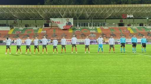 Aytemiz Alanyaspor – Beşiktaş maçından kareler -1-