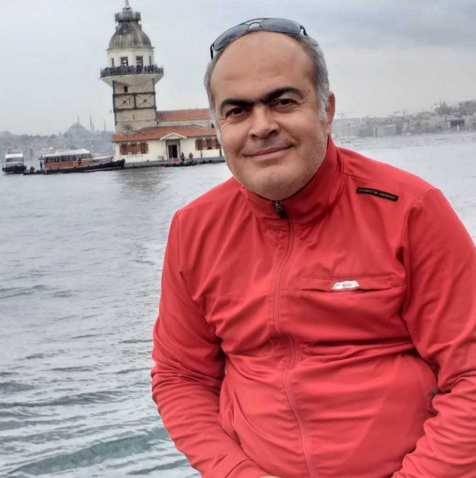 Balık avına çıkan emekli polis memuru teknesinde ölü bulundu