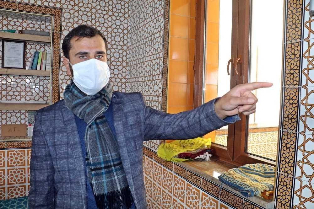 Caminin klima borularını çalan hırsıza imamdan 'kul hakkı' çağrısı
