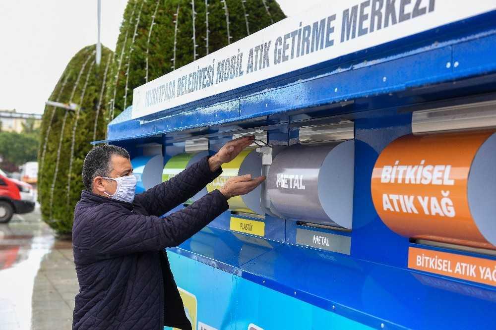 Muratpaşa'da mobil atık merkezlerinin sayısı artıyor