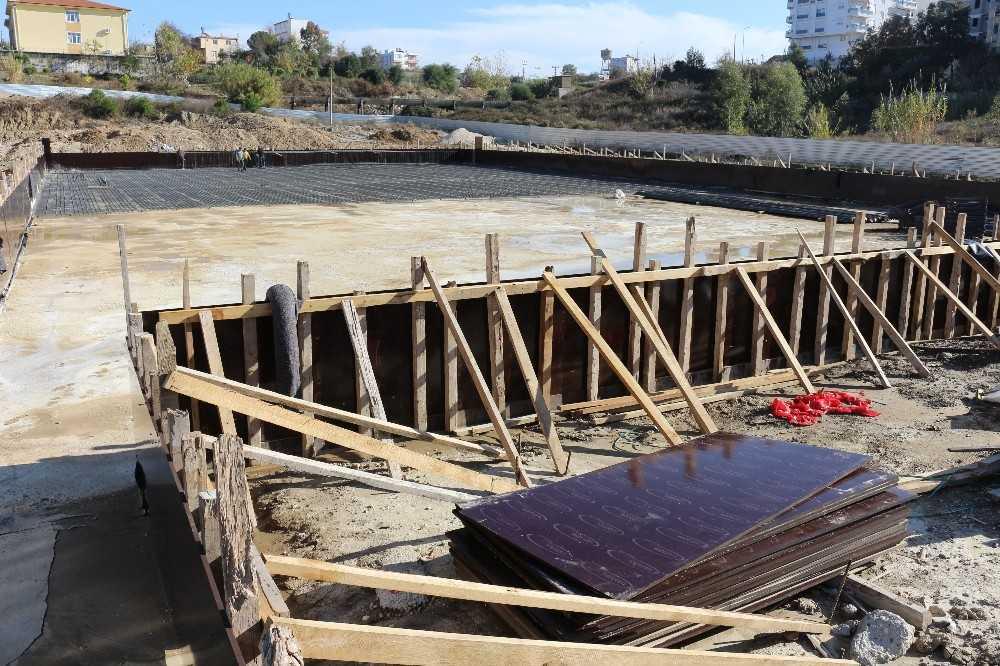Serik Kültür Merkezi bünyesindeki düğün salonu inşaatı başladı