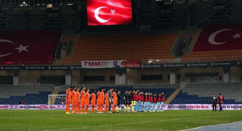 Süper Lig: Medipol Başakşehir: 0 – Gaziantep FK: 0 (Maç devam ediyor)
