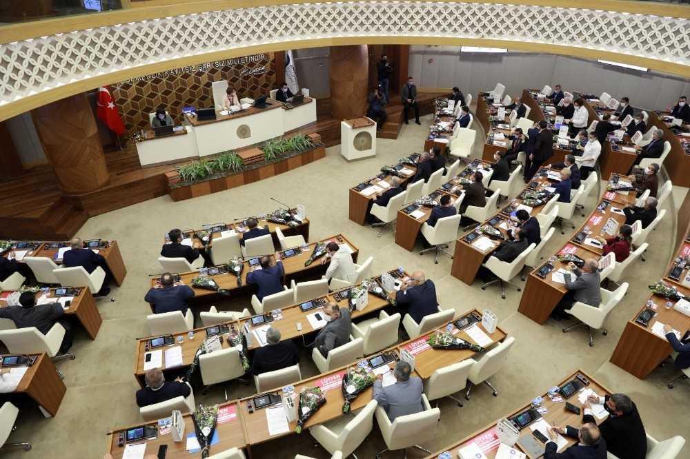 2021'in ilk meclis toplantısı tatil edildi