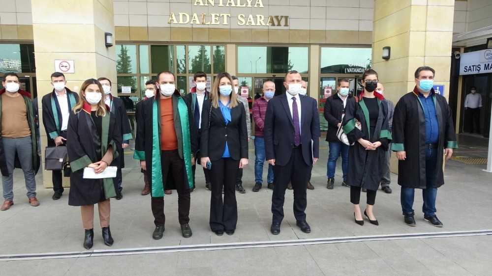 AK Parti Antalya İl Başkanlığı'ndan Başbuğ, Ataklı ve Sağlar hakkında suç duyurusu