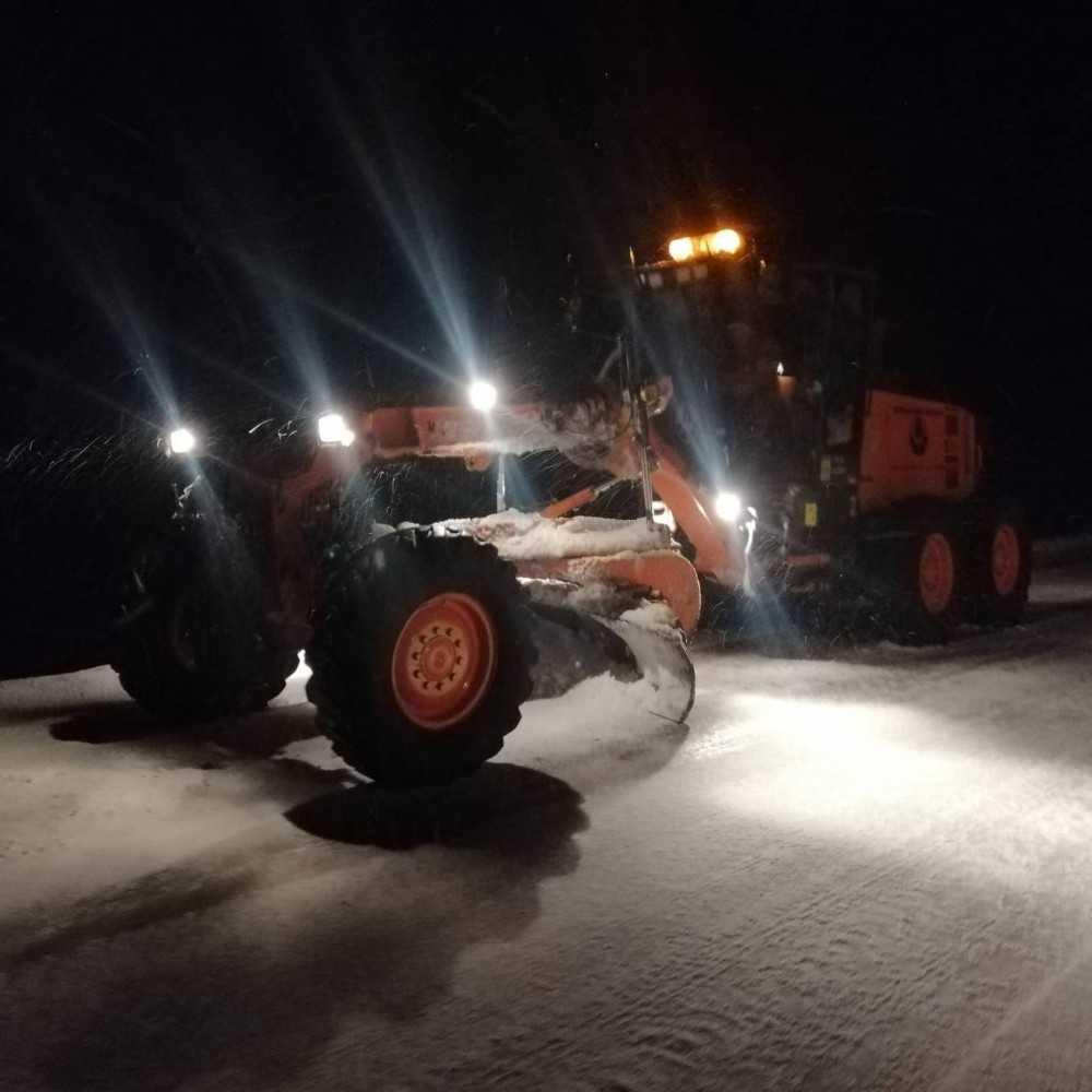 Antalya-Konya karayolunda kar kalınlığı 15 santime ulaştı