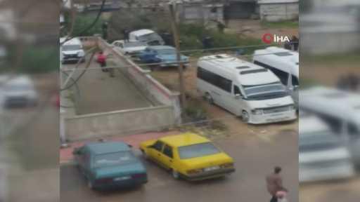 Antalya'da akrabalar arasında silahlı kavga: 1'i ağır 3 yaralı