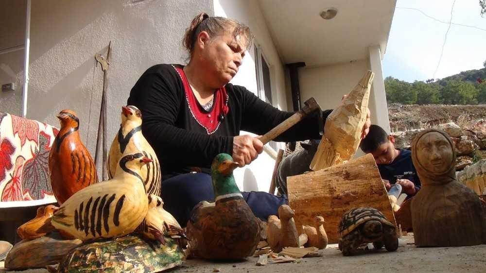Antalyalı kadının küçük yaşlarda keşfettiği yetenekleri gelir kapısı oldu