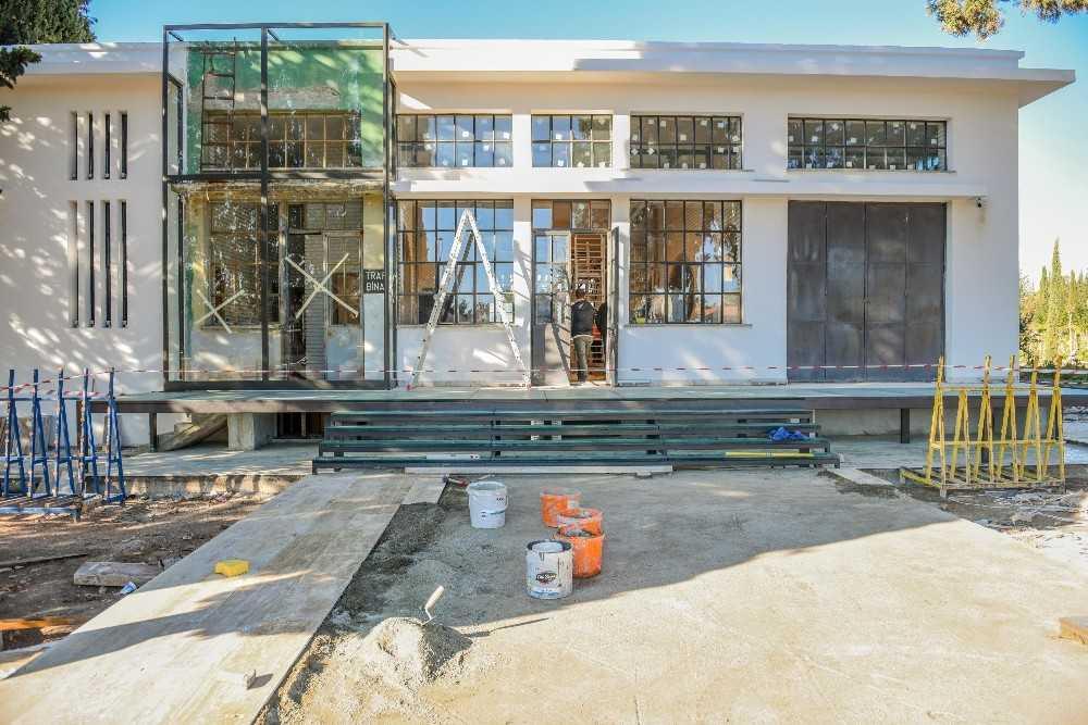 Cemil Meriç Kütüphanesi 100 bin kitapla hizmete açılıyor