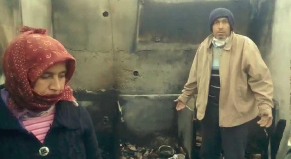 Evleri yanıp kül olan karı-koca ortada kaldı