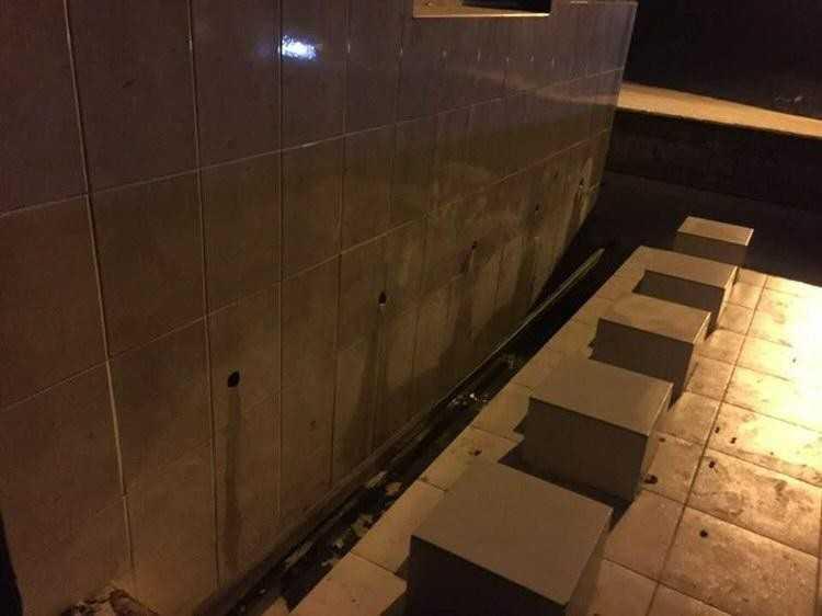 Hırsızlar bu kez de mezarlıktaki muslukları çaldı