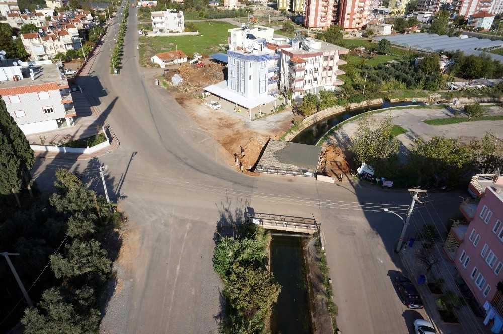 Kepez'den DSİ kanalına 5 köprü daha