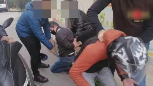 MİT Tırları davasında müebbet hapis istemiyle yargılanan amir ve kendisine yardım eden şüpheli Antalya'da yakalandı