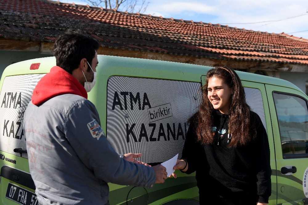 Muratpaşa Belediyesinin, Çevreci Komşu Kart'ta yeni dönem