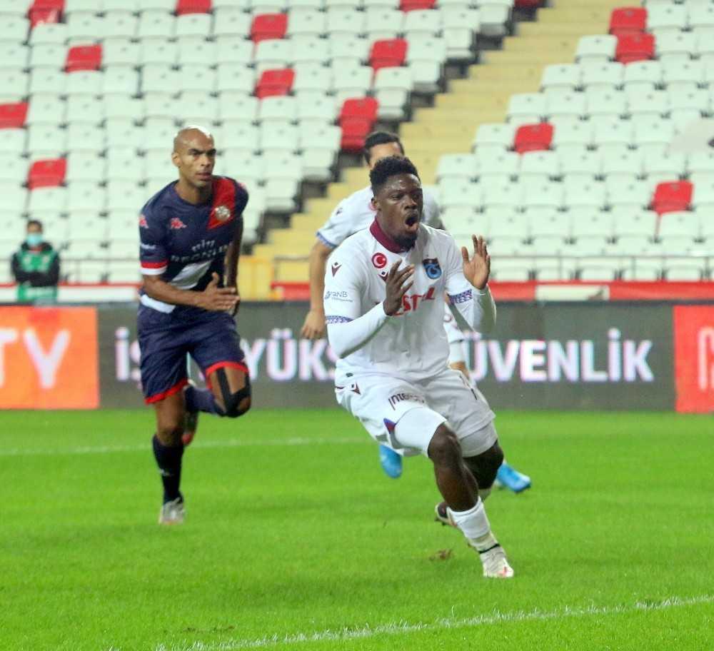 Süper Lig: Antalyaspor 1 – Trabzonspor: 0 (İlk yarı)