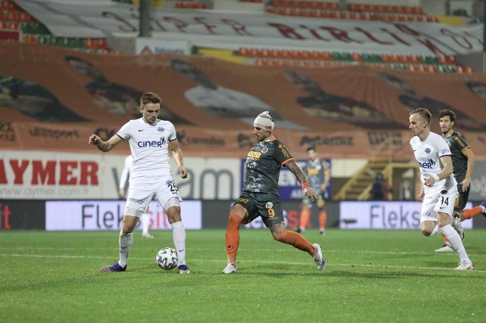 Süper Lig: Aytemiz Alanyaspor: 1 – Kasımpaşa: 2 (Maç sonucu)