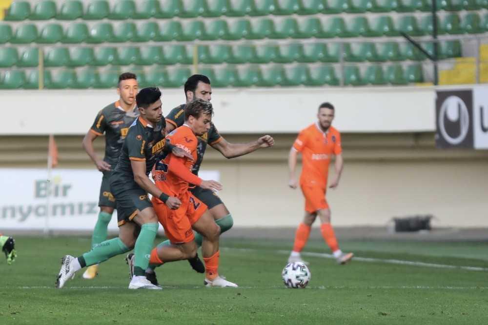 Süper Lig: Aytemiz Alanyaspor: 3 – Medipol Başakşehir: 0 (Maç sonucu)