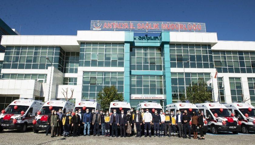 10 yeni ambulans acil sağlık istasyonlarına teslim edildi