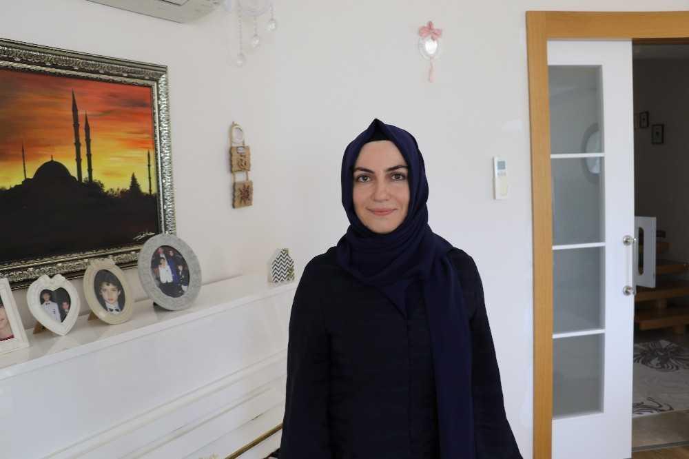 28 Şubat mağduru kadın 20 yıl sonra üniversiteye döndü