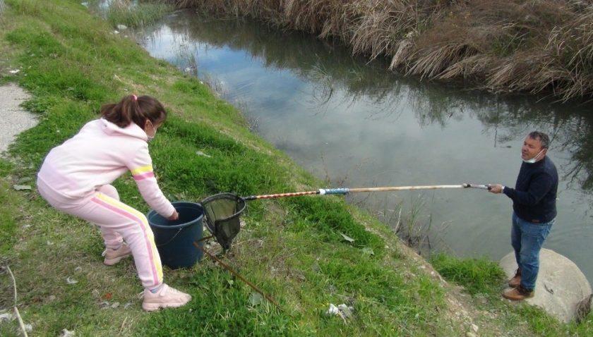 Antalya'da 9 yaşındaki Ecrin'den insanlık dersi