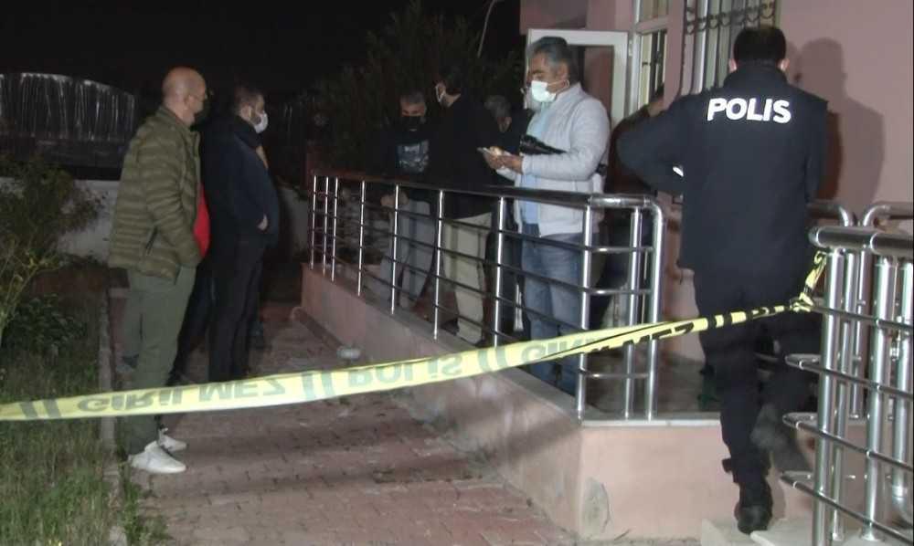 Antalya'da firma yöneticisi evinde ölü bulundu