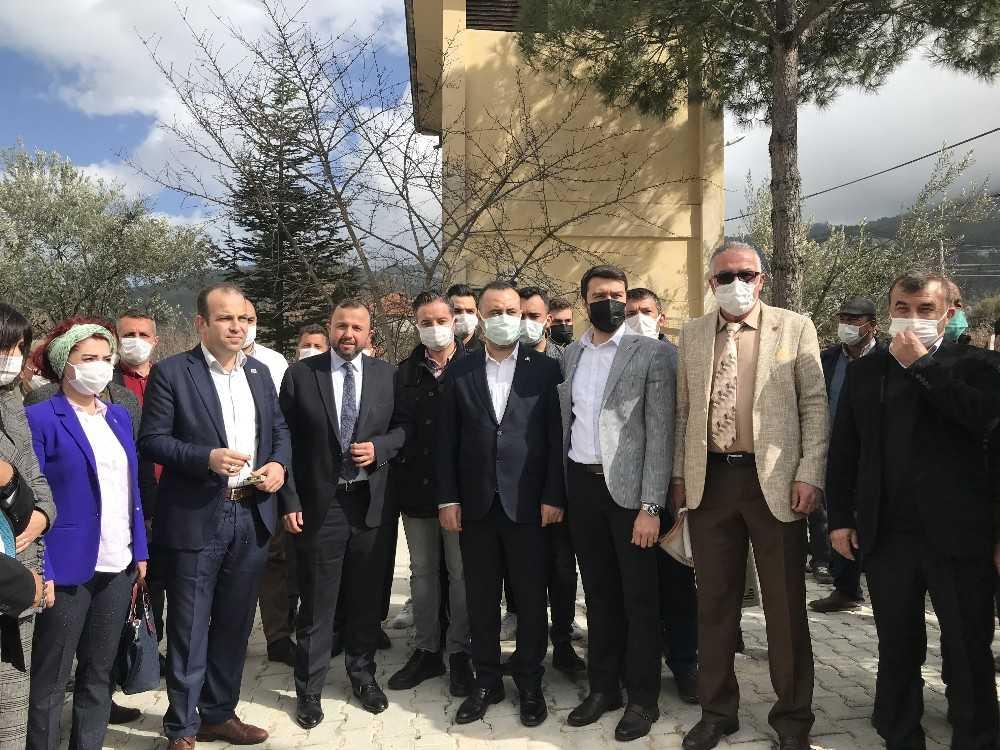 Antalya'daki ağaç katliamına, dört siyasi partiden ortak tepki
