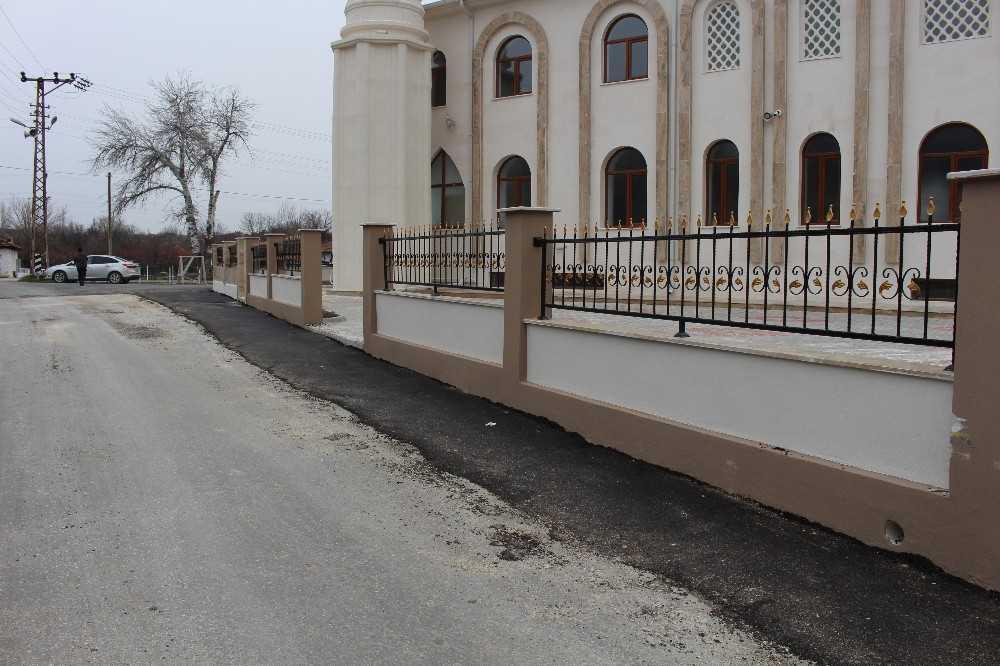 Büyükşehir'den Korkuteli'nde iki camiye destek