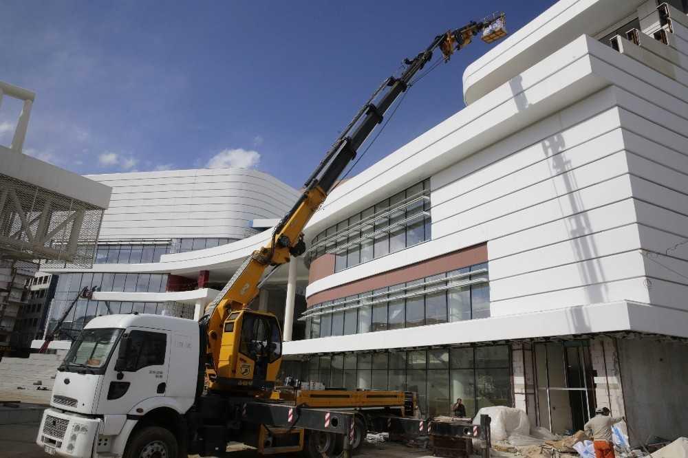 Doğu Garajı Kültür ve Ticaret Merkezi yakında tamamlanacak