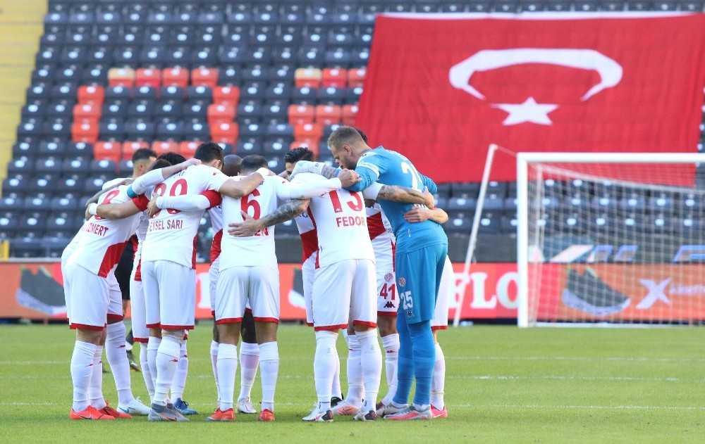 FT Antalyaspor, yenilmezlik serisini 10 maça çıkardı