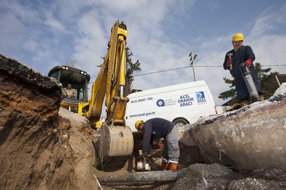 Kepez ve Muratpaşa'da kapsamlı alt yapı çalışması
