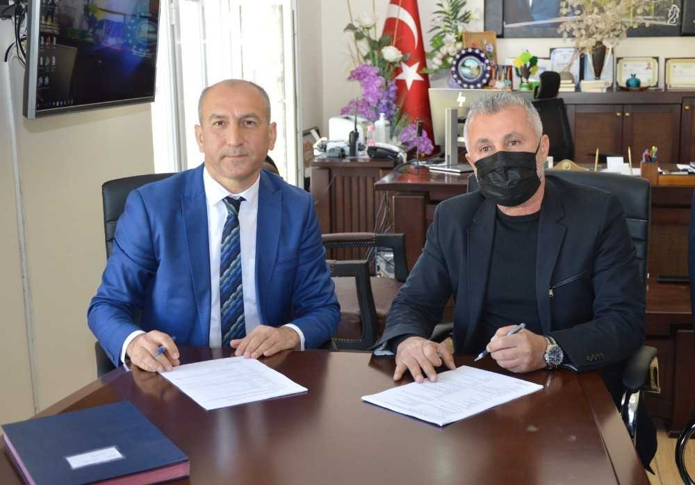 Manavgat Belediyesi Kızılot Halk Plajı'nı 10 yıllığına kiraladı