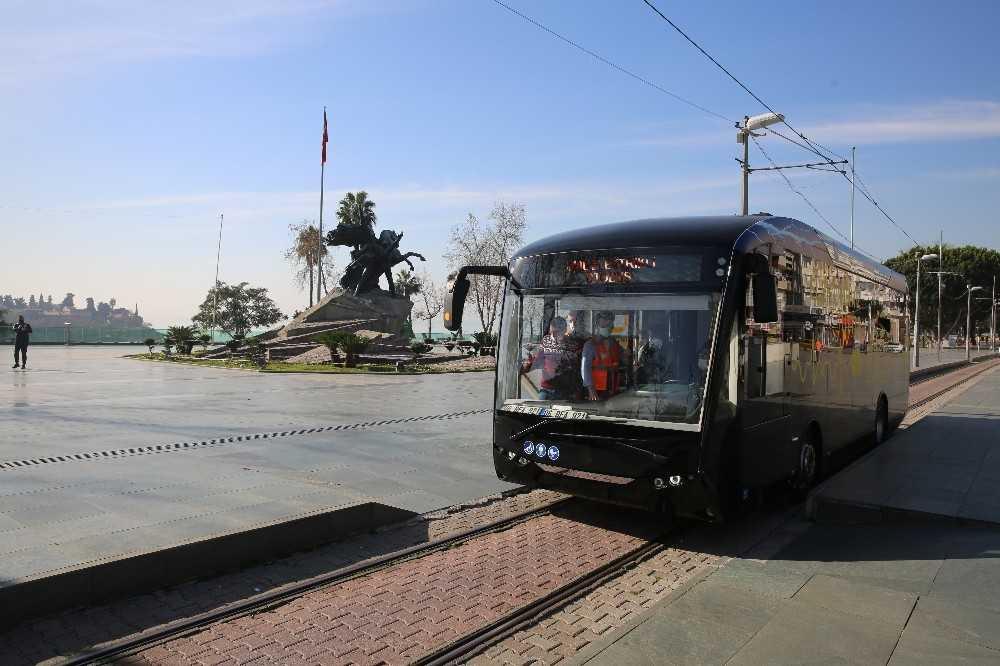 Nostaljik Tramvay hattında elektrikli otobüsler  hizmet verecek