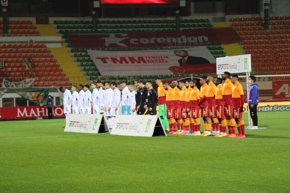 Süper Lig: Aytemiz Alanyaspor: 0 – Galatasaray: 1 (Maç devam ediyor)
