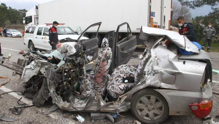 Fethiye-Antalya karayolunda feci kaza: 5 ölü
