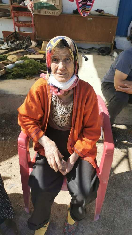 Alzaymır hastası kayıp yaşlı kadını jandarma buldu