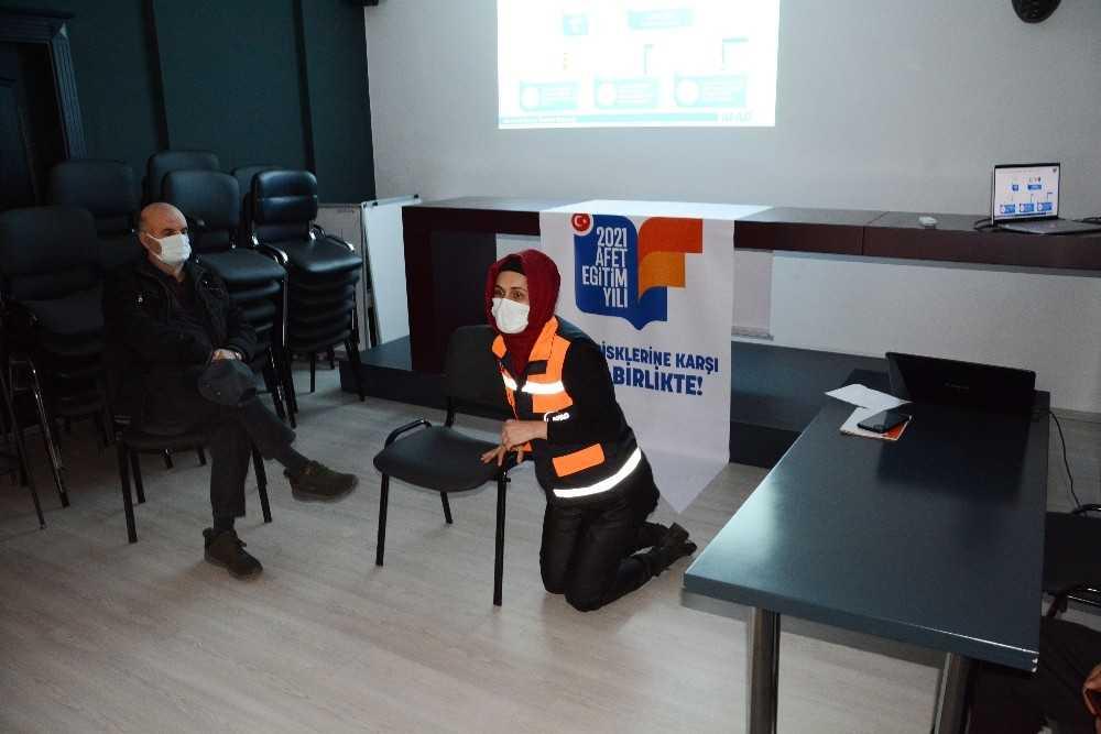 """Antalya İl Afet ve Acil Durum Müdürü Fevzi Timur; """"2012 yılında yapılan modelleme Antalya'da tsunami riski olduğunu ortaya koydu."""""""