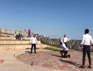 Antalya'da zeybekli evlilik teklifi