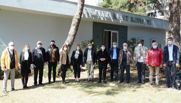 Antalya'nın 3 önemli gündemi Kent Konseyi'nde görüşüldü