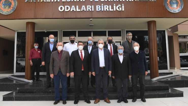 Başkan Esen, 'Konyaaltı Esnafım' projesini esnafa anlattı