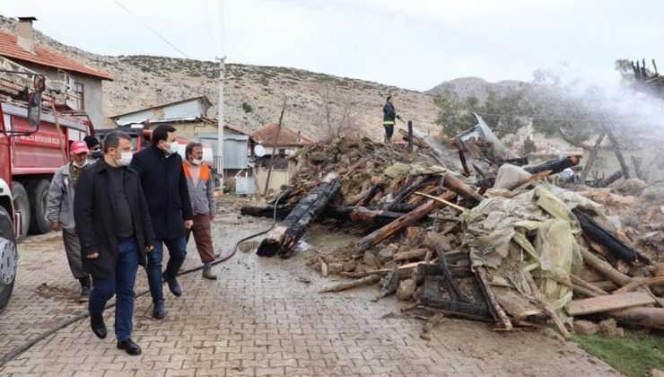 Kaymakamlıktan evi yanan ve hayvanları telef olan ailelere 65 bin liralık destek