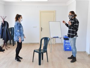 Konyaaltı Belediyesi'nden ücretsiz tiyatro eğitimi