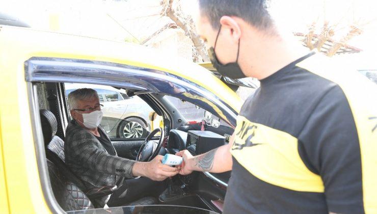 Konyaaltı'nda 351 taksi 21 durağa korona denetimi